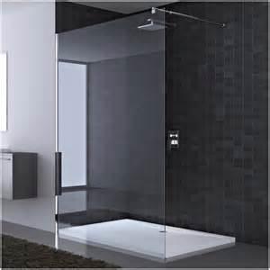 wohnzimmer ideen minimalistisch duschabtrennung glas neben badewanne hauptdesign