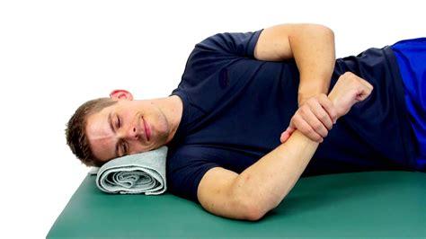 SIDELYING INTERNAL ROTATION STRETCH - SLEEPER STRETCH ...