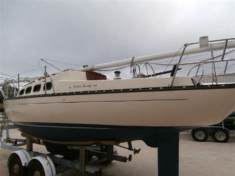 Boat Transport Lake Lanier by 1982 26 Sail Boat For Sale Www Yachtworld