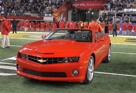 Super Bowl Mvp Aaron Rodgers Wins 2011 Chevrolet Camaro