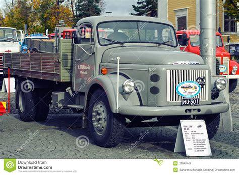 old volvo trucks classic volvo truck editorial stock photo image 27045408