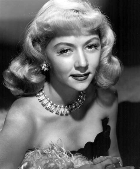 Gloria Grahame Weight Height Ethnicity Hair Color Eye Color