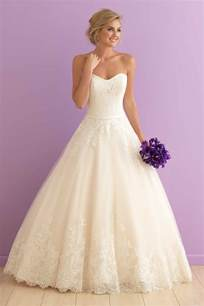 popular bridesmaid dresses the 25 most popular wedding gowns of 2015 bridalguide
