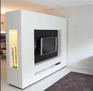 Raumteiler Tv Wand : die besten 25 tv wand als raumteiler ideen auf pinterest tisch hinter couch tv wand ~ Indierocktalk.com Haus und Dekorationen