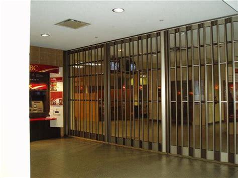 security fencing enclosures harbour door