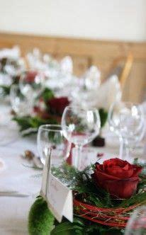 Rote Rosen Als Klassische Tischdekoration  Wedding Table