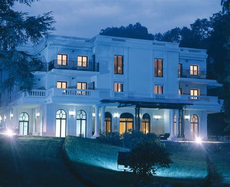 le chalet charbonnieres les bains le pavillon de la rotonde hotel 5 233 toiles luxe charbonni 232 res les bains 69 luxe passions