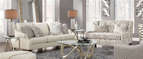 Sofa Settee Difference by What S The Difference Between A Sofa And Settee