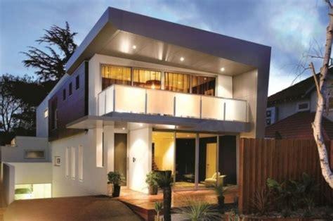 storey modern  luxurious house  timeless design digsdigs