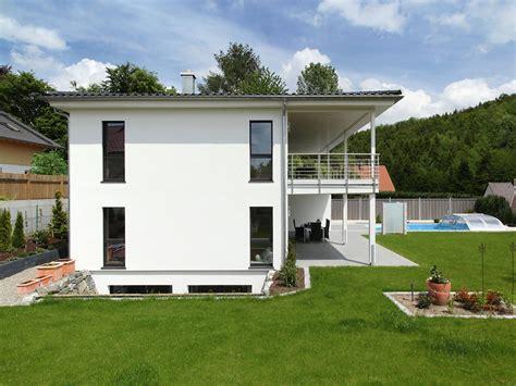 Stadtvilla Mit Garage Im Keller by Stadtvilla Riederle Baufritz In 2019 Fertighaus