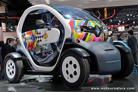 A Renault Twizy with another name, the electric Nissan New ...