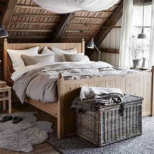 Bout De Lit Pas Cher : chambre zoom sur le bout de lit marie claire maison ~ Teatrodelosmanantiales.com Idées de Décoration