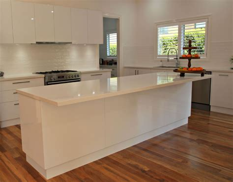 White Kitchen Island Bench  Matthews Joinery