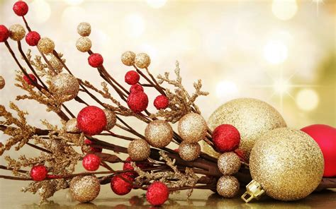 dazzling gold christmas decoration inspirations