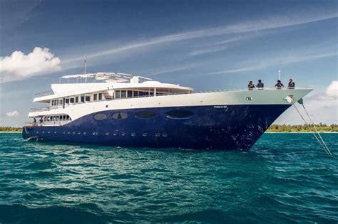 sofa terraza maldivas cruceros buceo vida a bordo maldivas lo mejor de