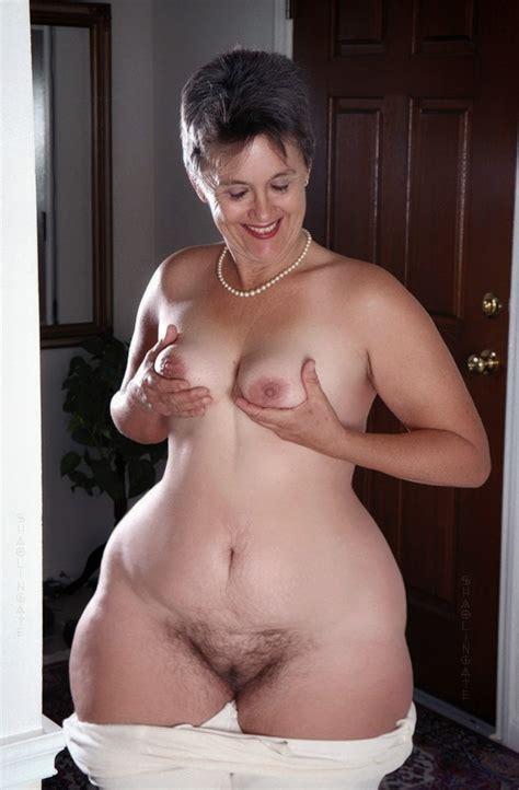 Nude Wide Hip Granny Xxgasm