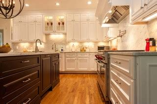 how to do tiling in kitchen a new kitchen is favorite family gathering spot 8640