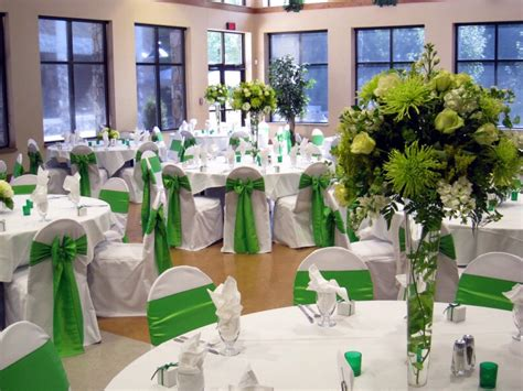 wedding decoration ideas in green emerald green color of 2013 get better in style
