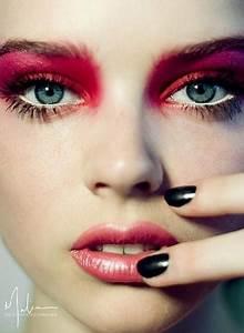 Fabulous Christmas Makeup Ideas