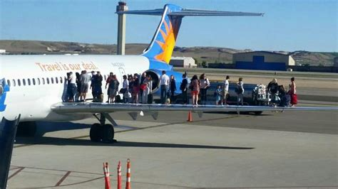 allegiant air phone number would you still fly on an allegiant air flight after
