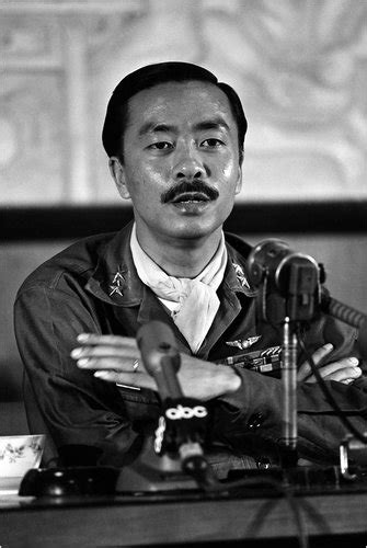 nguyen cao ky south vietnam leader dies
