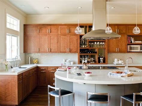 curved kitchen island  great combinations