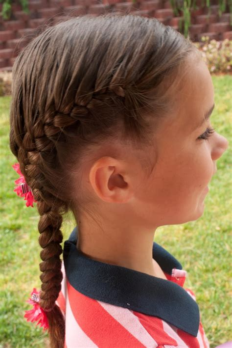 trendy french braided hairstyles   elle hairstyles