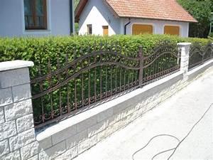 Hausfriedensbruch Grundstück Ohne Zaun : z une aus schmiedeeisen ihr zaun in handarbeit gefertigt ~ Lizthompson.info Haus und Dekorationen