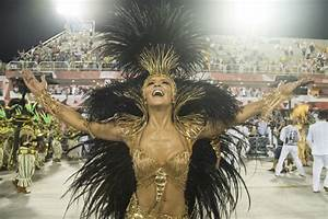Claudia Leitte Photos Photos - Rio Carnival 2016 - Day 1 ...