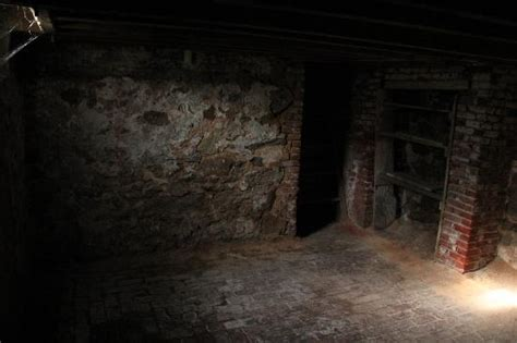 1000+ Images About Scary Creepy Basements [great For