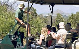 World Guide Awards  What Makes A Good Tour Guide