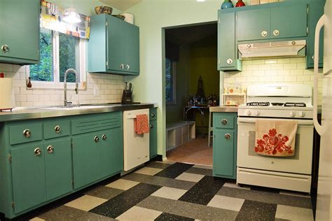 Best Remodel With Retro Kitchen Cabinets And Metallic