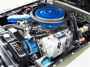 Ford 385 Engine