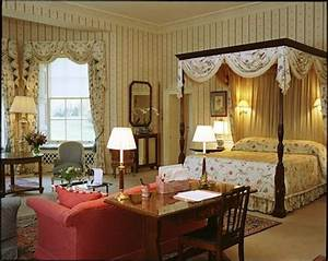The Queen's Bedroom at Hartwell House English Country