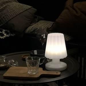 Lampe Exterieur Sans Fil Rechargeable : lampe d 39 ext rieur sans fil damen mini lux et d co lampe led sans fil ~ Teatrodelosmanantiales.com Idées de Décoration