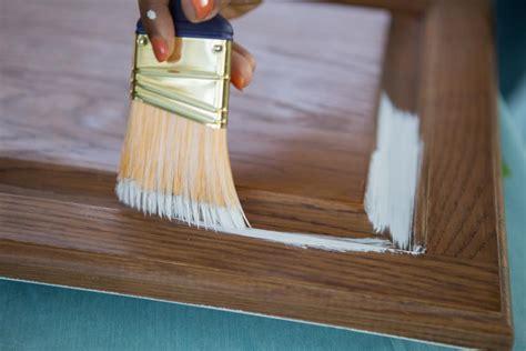 paint kitchen cabinets  sanding  priming