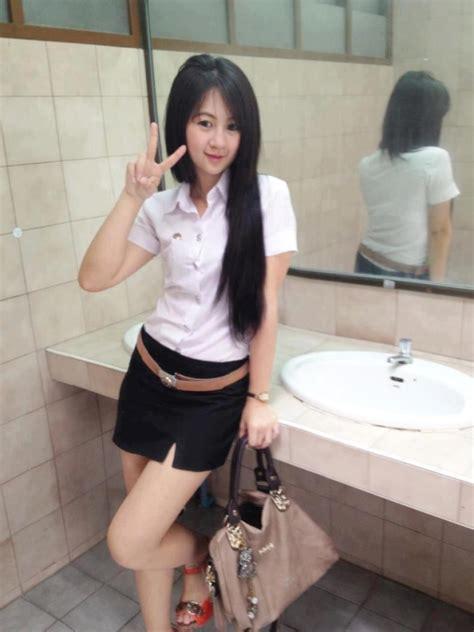 Sexy Thai Students In Uniform Gallery Stickboy Bangkok