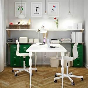 Doppel Schreibtisch Ikea : ein heimarbeitsplatz mit hissmon tisch f r 2 personen in wei v gsberg drehst hlen in wei ~ Markanthonyermac.com Haus und Dekorationen