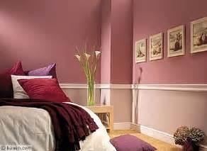 wandfarben fã rs schlafzimmer die besten 17 ideen zu altrosa wandfarbe auf zusammenziehen holzkisten regal und