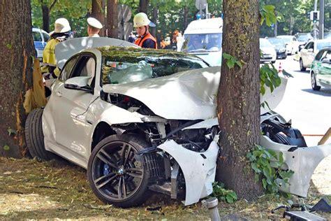 Bmw M4 Crashes Into A Tree In Munich Gtspirit