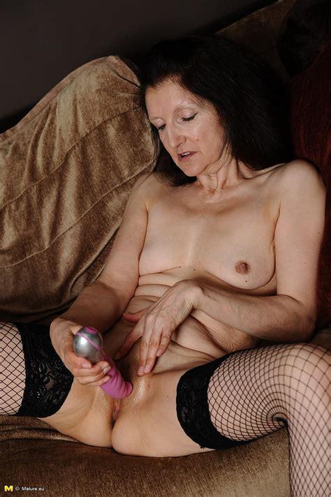 Skinny Mature Brunette Plowed Her Moist Clam Photos