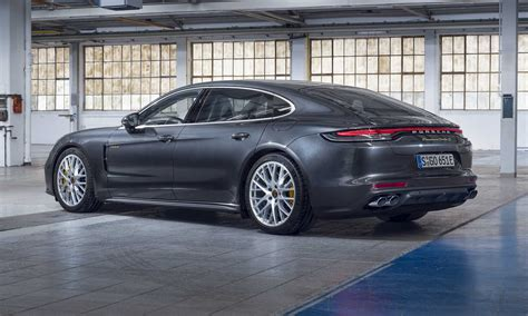 With 353 kw (480 ps) and 620 nm, the new. 2021 Porsche Panamera Turbo S E-Hybrid: First Look - » AutoNXT