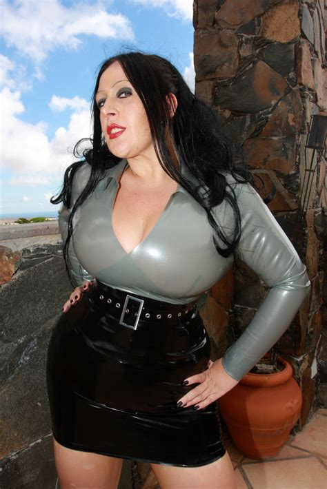 latex lady  collection strict elegance latex top