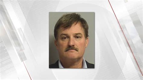 Prosecutor Promises New Trial After Hung Jury Tulsa Cop