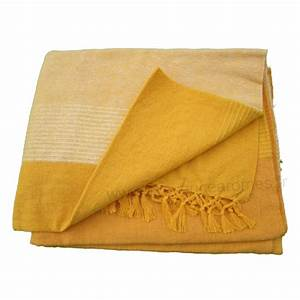 Plaid Jaune Et Gris : tenture k rala plaid couvre lit jaune orang provence ~ Teatrodelosmanantiales.com Idées de Décoration