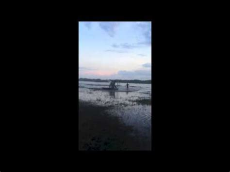 Youtube Airboat Crash by Airboat Crash After It Flys And Flips Over Crazy Shit