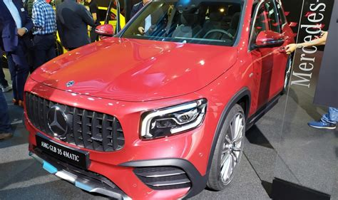 And while performance is at its core, the glb 35 also has the looks to show it. LIVE IAA 2019: Mercedes-AMG GLB 35 4Matic 7 seater sporty SUV debuts in Frankfurt - MercedesBlog