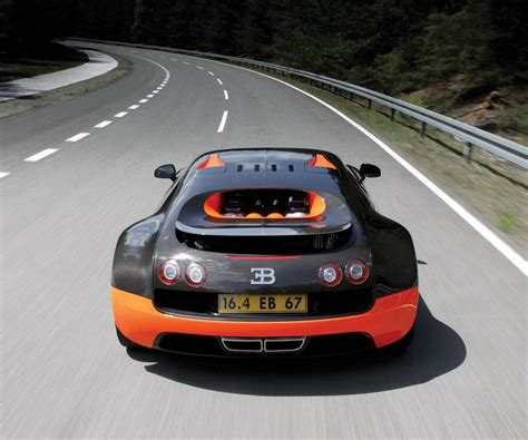Bugatti Veyron Racing Car