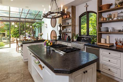 bureau newport maison du monde en vente la villa de luxe à malibu de la série newport