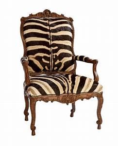 Petit Fauteuil De Salon : le fauteuil z bre dans 40 photos inspirantes ~ Teatrodelosmanantiales.com Idées de Décoration